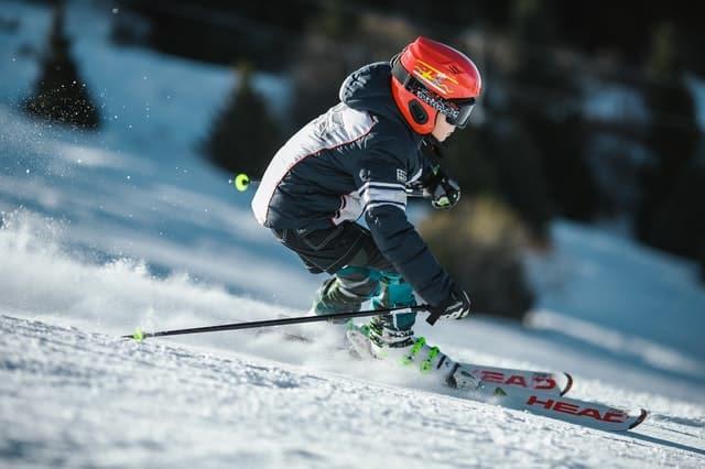 ски екипировка, ски щеки