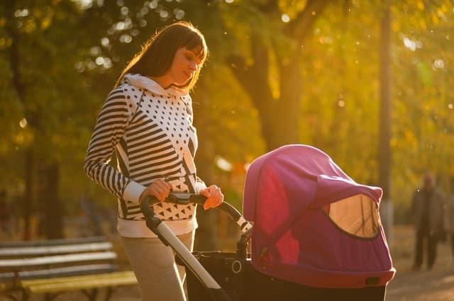 майка бута бебешка количка